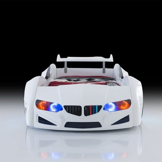 bmw_white_car_bed2
