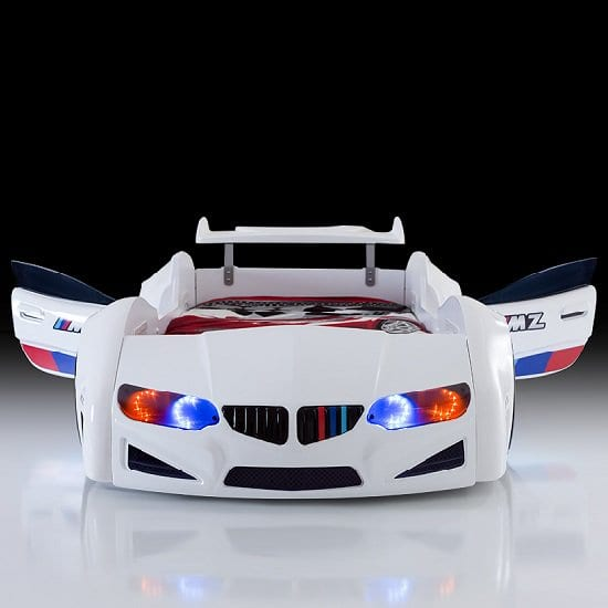 bmw_white_car_bed3